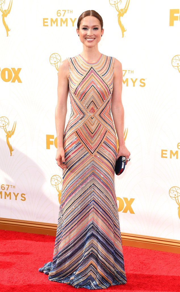 rs_634x1024-150920163822-634-ellie-kemper-emmy-awards.ls.921015 naeem khan
